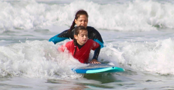 surfkurs-kinder-andalusien-conil-el-palmar