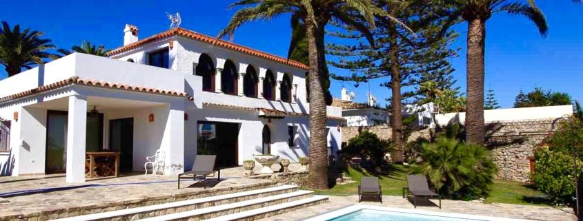 familien-surfcamp-spanien-andalusien-surfen-yoga