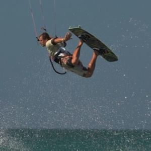 kitesurfen-conil-andalusien-kiten-kitekurs
